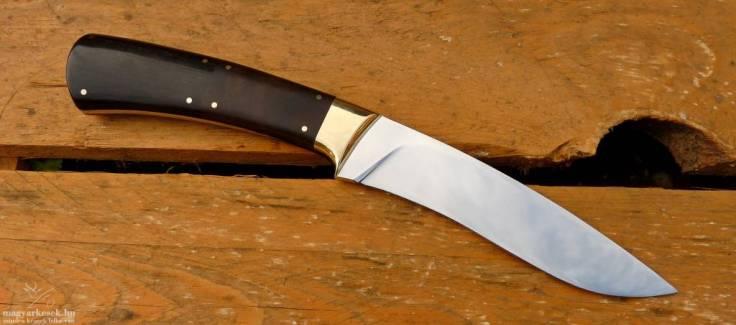 Nagy Csaba egyedi kés